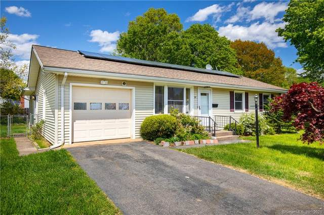 99 Village Circle, Hamden, CT 06514 (MLS #170397045) :: Next Level Group