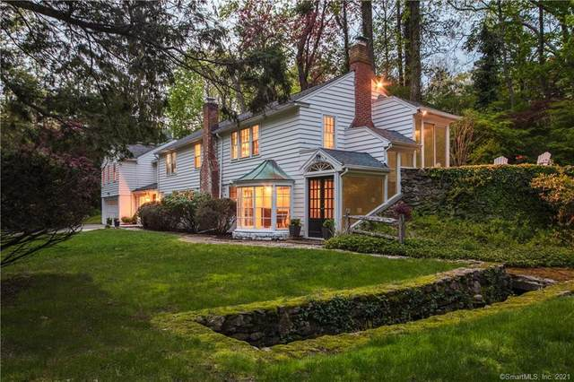 6 Lost Lodge Road, Westport, CT 06880 (MLS #170397198) :: Kendall Group Real Estate | Keller Williams