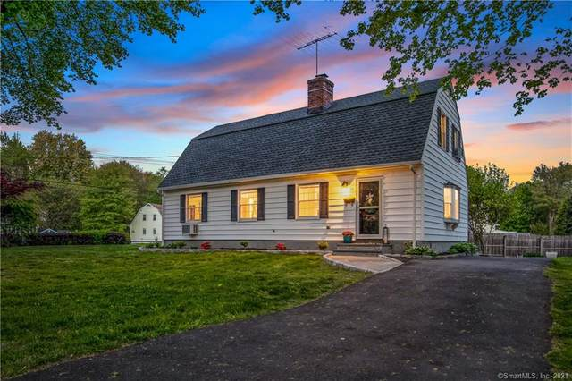 49 Snow Crystal Lane, Stamford, CT 06905 (MLS #170399159) :: Spectrum Real Estate Consultants