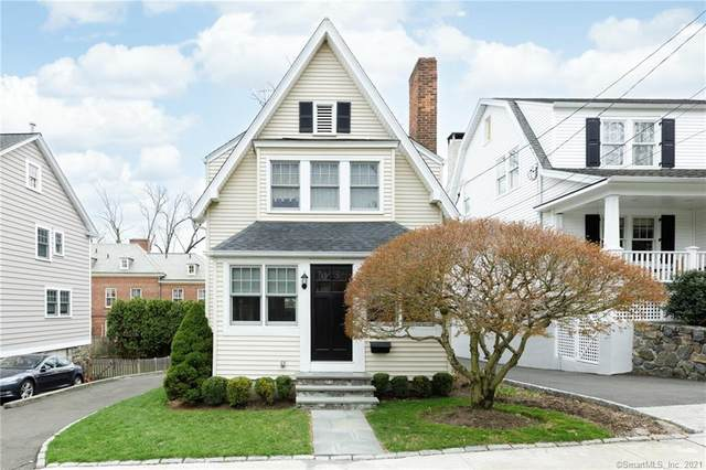 9 Bolling Place, Greenwich, CT 06830 (MLS #170399803) :: Sunset Creek Realty
