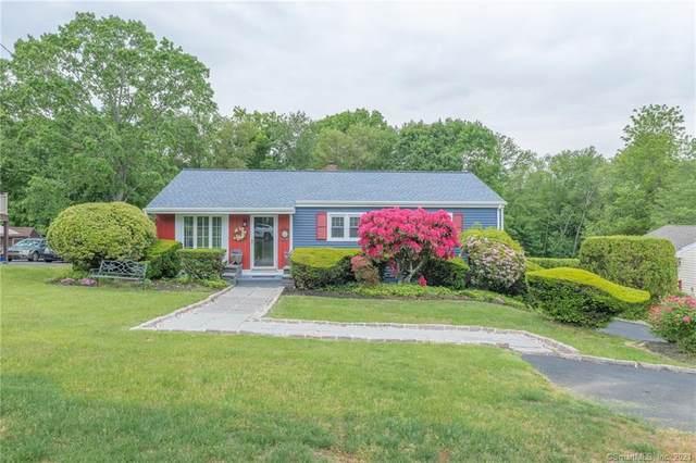 12 Berkshire Drive, Danbury, CT 06811 (MLS #170401331) :: Spectrum Real Estate Consultants