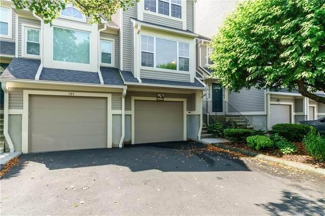 103 Paugusett Circle #103, Trumbull, CT 06611 (MLS #170407688) :: Spectrum Real Estate Consultants
