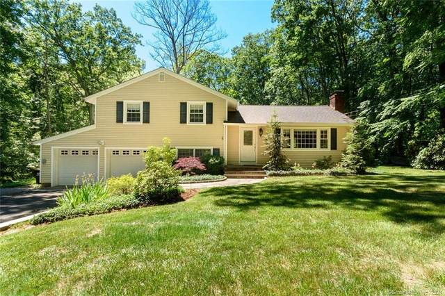 10 Dewal Drive, Norwalk, CT 06851 (MLS #170409192) :: Spectrum Real Estate Consultants
