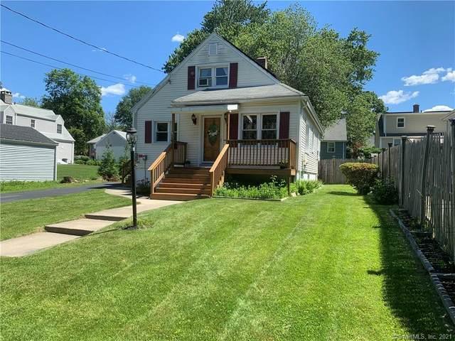 242 Farmington Avenue, Fairfield, CT 06825 (MLS #170410130) :: Spectrum Real Estate Consultants