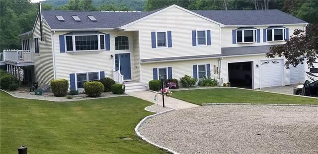 23 Honeycomb Lane, North Haven, CT 06473 (MLS #170410700) :: Carbutti & Co Realtors
