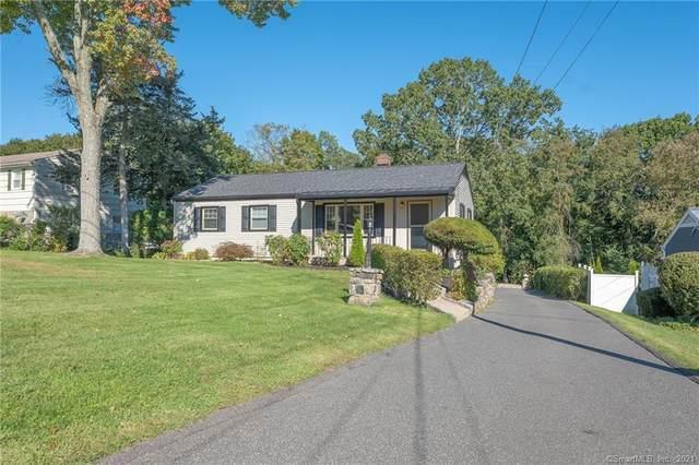10 Berkshire Drive, Danbury, CT 06811 (MLS #170411637) :: Michael & Associates Premium Properties | MAPP TEAM