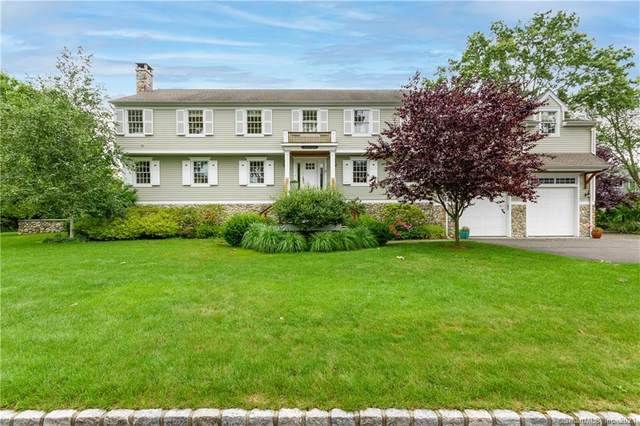 11 Mayflower Road, Darien, CT 06820 (MLS #170418599) :: The Higgins Group - The CT Home Finder