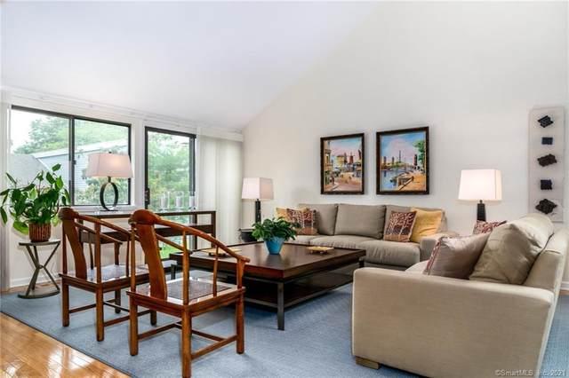 204 Harvest Commons #204, Westport, CT 06880 (MLS #170418869) :: GEN Next Real Estate