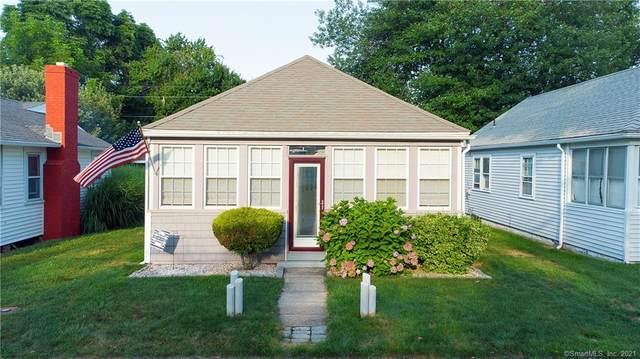 22 Portland Avenue, Old Lyme, CT 06371 (MLS #170423633) :: GEN Next Real Estate