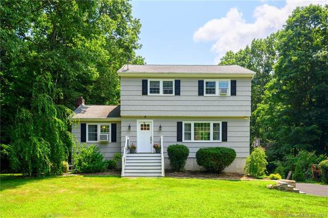 15 Strawberry Hill Road, Danbury, CT 06811 (MLS #170423912) :: Kendall Group Real Estate | Keller Williams