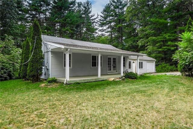 15 Oakwood Drive, Granby, CT 06035 (MLS #170430688) :: Michael & Associates Premium Properties | MAPP TEAM