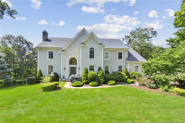 10 Briarwood Lane, Newtown, CT 06470 (MLS #170432814) :: Linda Edelwich Company Agents on Main