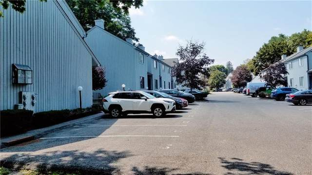 19 Somers Street C2, Danbury, CT 06810 (MLS #170432910) :: GEN Next Real Estate