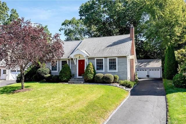 11 Patricia Lane, Darien, CT 06820 (MLS #170437413) :: Chris O. Buswell, dba Options Real Estate