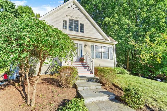 4 Bethpage Drive, Bethel, CT 06801 (MLS #170442740) :: Chris O. Buswell, dba Options Real Estate