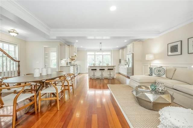40 Oak Ridge Street #2, Greenwich, CT 06830 (MLS #170442767) :: Michael & Associates Premium Properties   MAPP TEAM