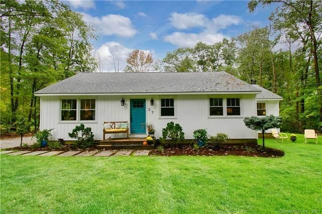 37 Ludwig Road, Ellington, CT 06029 (MLS #170443408) :: Michael & Associates Premium Properties | MAPP TEAM
