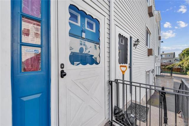 127 Lockwood Avenue #3, Stamford, CT 06902 (MLS #170445055) :: Michael & Associates Premium Properties | MAPP TEAM