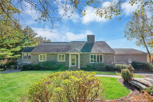 96 Watch Hill Drive, Southbury, CT 06488 (MLS #170445180) :: Chris O. Buswell, dba Options Real Estate