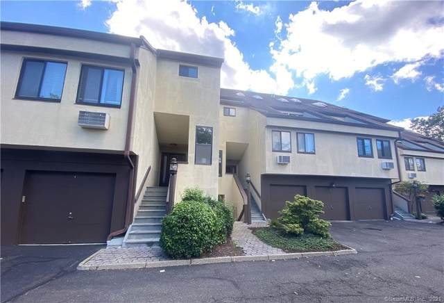 79 Harbor Drive #305, Stamford, CT 06902 (MLS #170445340) :: Faifman Group