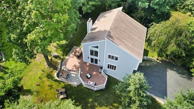 20 Cross Highway, Westport, CT 06880 (MLS #170221062) :: The Higgins Group - The CT Home Finder