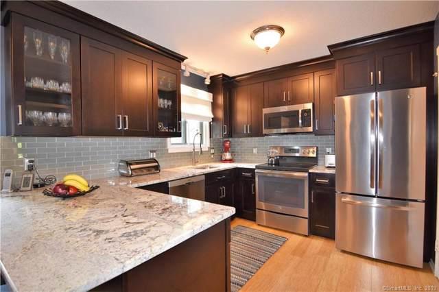 4 Heritage Circle B, Southbury, CT 06488 (MLS #170222864) :: Michael & Associates Premium Properties | MAPP TEAM