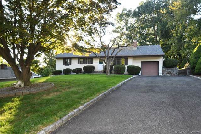 11 Cider Lane, Norwalk, CT 06851 (MLS #170236057) :: Michael & Associates Premium Properties | MAPP TEAM