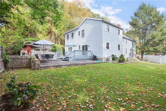 422 Wilson Street, Fairfield, CT 06825 (MLS #170243842) :: The Higgins Group - The CT Home Finder