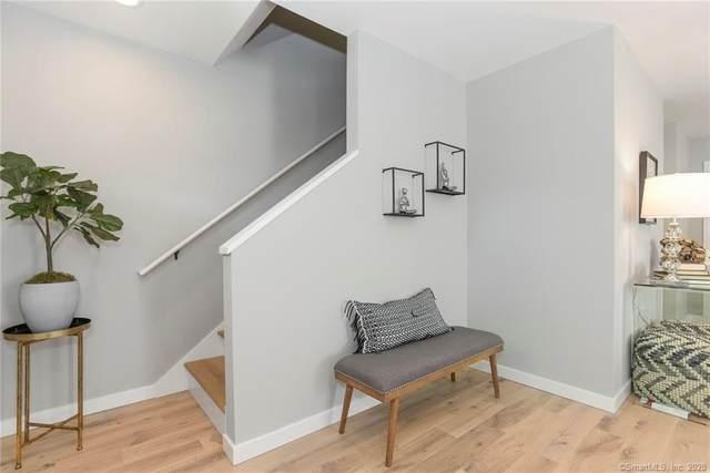 58 Prospect Street #31, Stonington, CT 06379 (MLS #170248869) :: Spectrum Real Estate Consultants