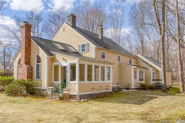 5 Lynn Road, Essex, CT 06442 (MLS #170278286) :: Spectrum Real Estate Consultants