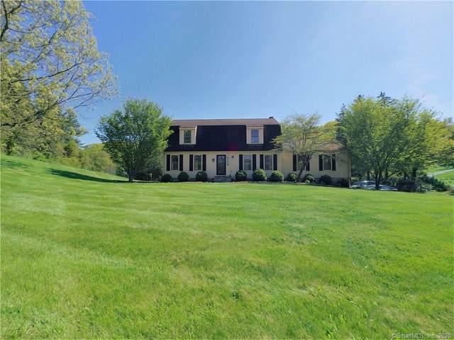 1 White Oak Farm Road, Newtown, CT 06470 (MLS #170296850) :: Carbutti & Co Realtors