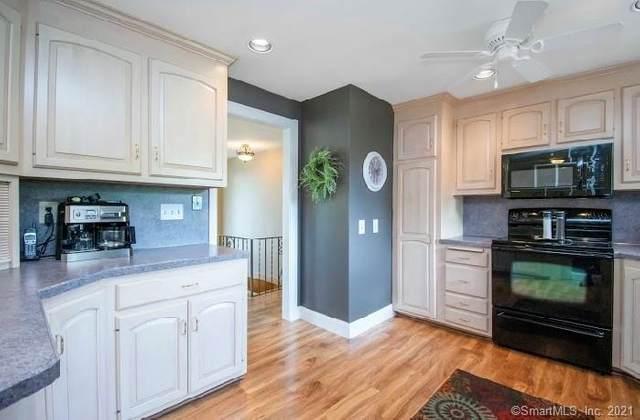 6 Crest Street, Wethersfield, CT 06109 (MLS #170323741) :: Around Town Real Estate Team