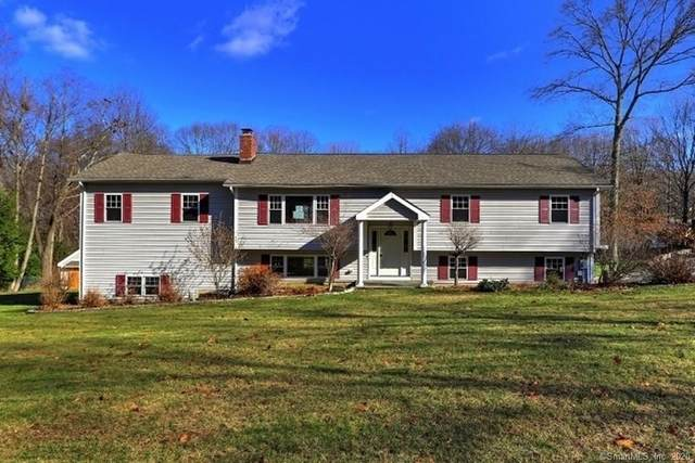 1 White Oak Road, Shelton, CT 06484 (MLS #170355902) :: Carbutti & Co Realtors