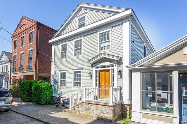 106 Water Street, Stonington, CT 06378 (MLS #170370141) :: Spectrum Real Estate Consultants