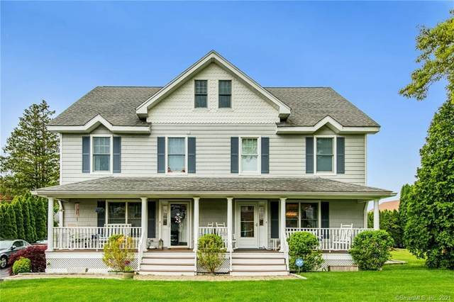16 Windy Knolls A, Greenwich, CT 06831 (MLS #170373969) :: Spectrum Real Estate Consultants