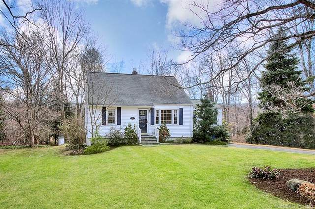 52 Romanock Place, Fairfield, CT 06825 (MLS #170385596) :: Spectrum Real Estate Consultants