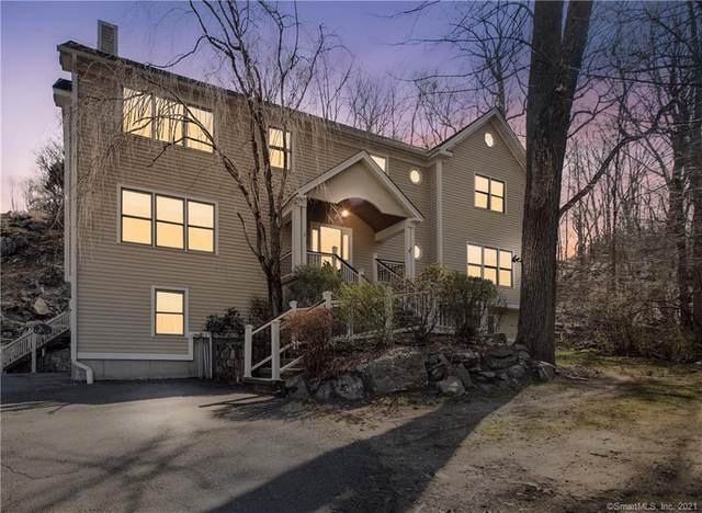 355 Mistywood Lane, Fairfield, CT 06824 (MLS #170386181) :: The Higgins Group - The CT Home Finder