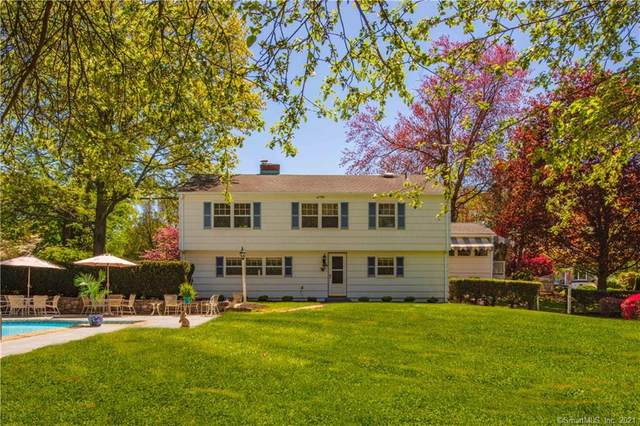 10 Mola Road, Norwalk, CT 06851 (MLS #170393480) :: Kendall Group Real Estate | Keller Williams