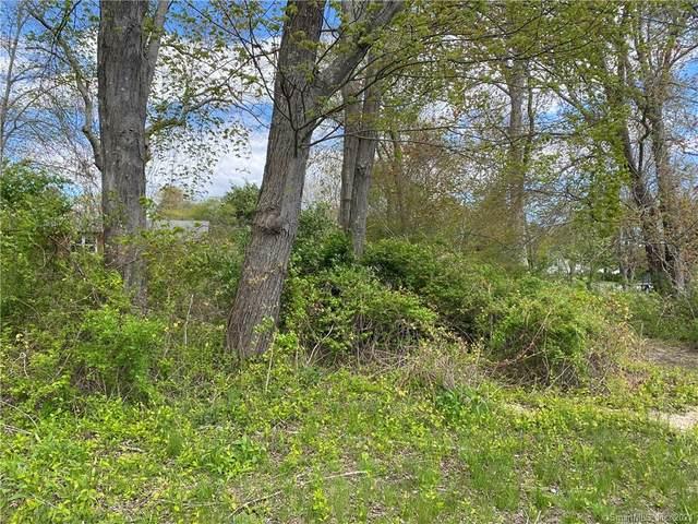 303 Breen Avenue, Old Lyme, CT 06371 (MLS #170400851) :: Spectrum Real Estate Consultants