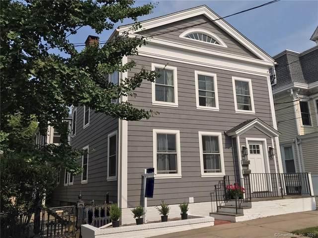 95 Water Street, Stonington, CT 06378 (MLS #170410103) :: Linda Edelwich Company Agents on Main