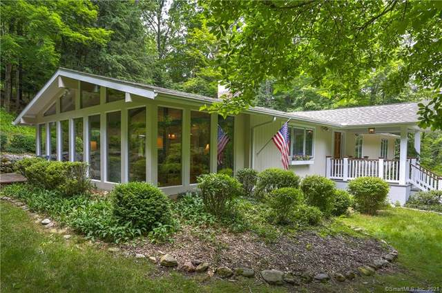 30 High Noon Road, Weston, CT 06883 (MLS #170412105) :: The Higgins Group - The CT Home Finder