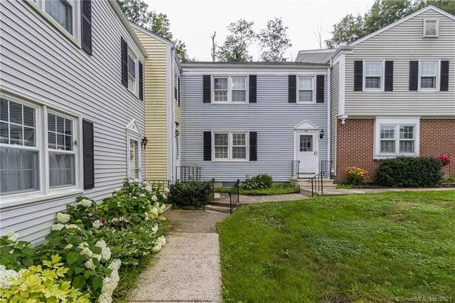48 Tapping Reeve Village #48, Litchfield, CT 06759 (MLS #170418653) :: Frank Schiavone with Douglas Elliman