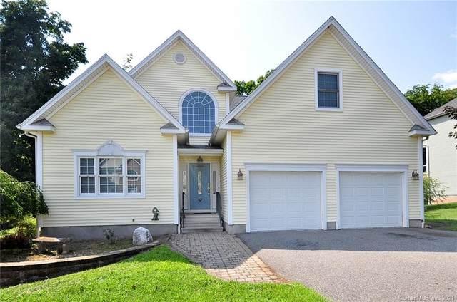 32 Sovereign Ridge, Cromwell, CT 06416 (MLS #170423242) :: GEN Next Real Estate