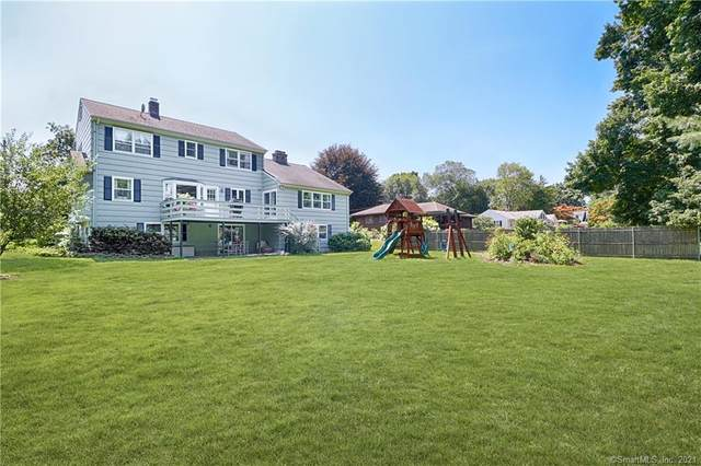 790 Fairfield Woods Road, Fairfield, CT 06825 (MLS #170427662) :: Linda Edelwich Company Agents on Main
