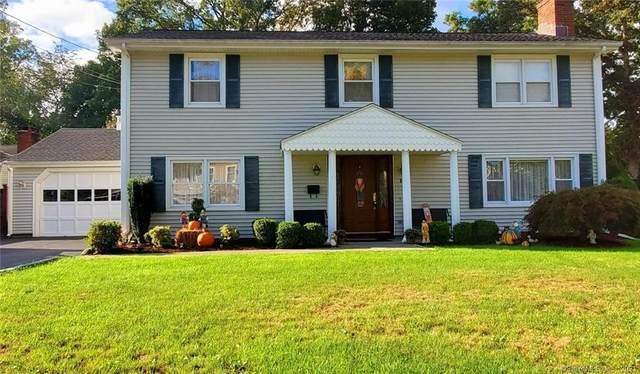 17 Clara Drive, Norwalk, CT 06851 (MLS #170438576) :: Michael & Associates Premium Properties   MAPP TEAM