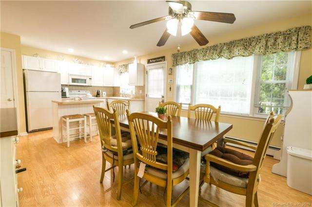 1103 Black Rock Turnpike #1103, Fairfield, CT 06825 (MLS #170208381) :: Mark Boyland Real Estate Team