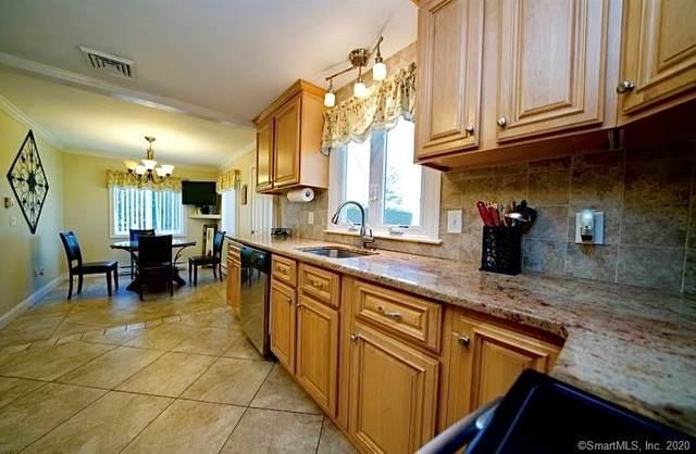 95 Crest Street, Wethersfield, CT 06109 (MLS #170267649) :: Carbutti & Co Realtors