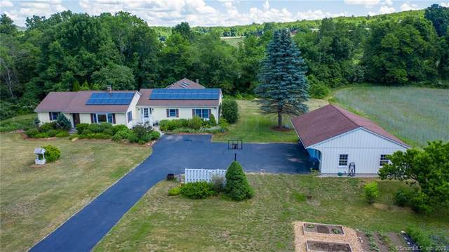 69 Killingly Road, Pomfret, CT 06259 (MLS #170308177) :: Michael & Associates Premium Properties | MAPP TEAM