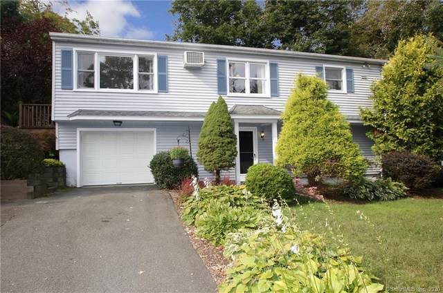 9 Sunset Hill Road, Newtown, CT 06470 (MLS #170329135) :: Frank Schiavone with William Raveis Real Estate