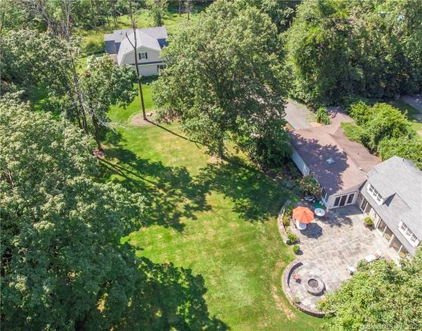 39 West Lane, Ridgefield, CT 06877 (MLS #170332437) :: Team Feola & Lanzante | Keller Williams Trumbull